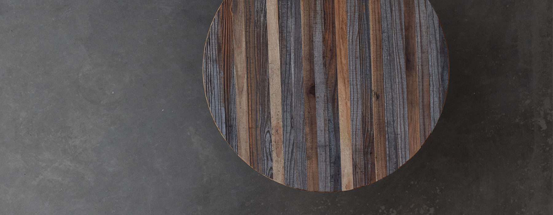 SIX STRIPES TABLE TOP